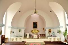 Wnętrze kaplicy św.  Jana Pawła II w Przyszowie